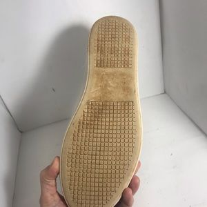 Steve Madden Shoes - SINGLE *RIGHT* Steve Madden SHOE Amputee